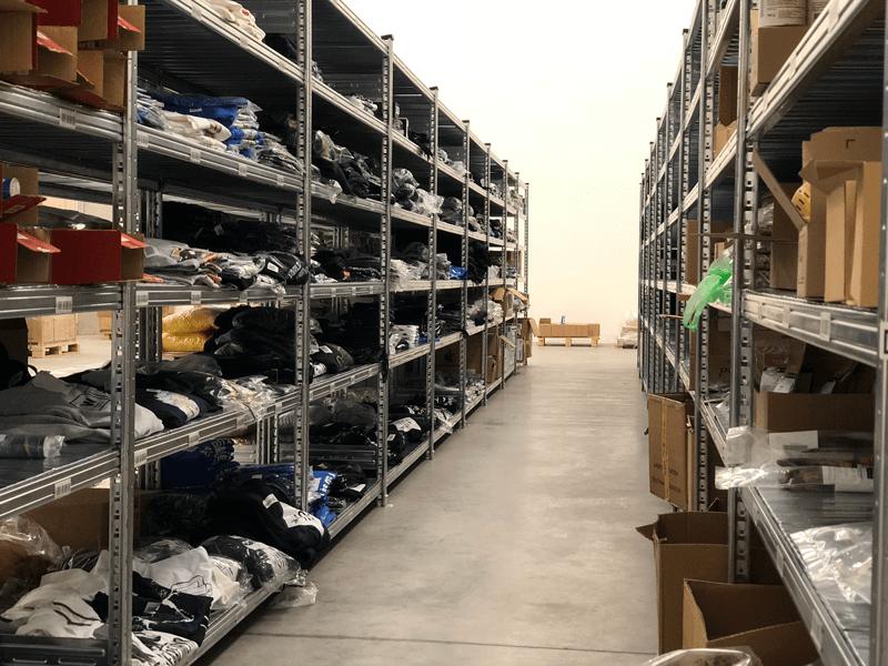 webáruház raktár - kiszervezett logisztika